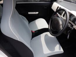 運転席・助手席はもちろんキレイな状態です。是非、ご自身の目でお確かめください。