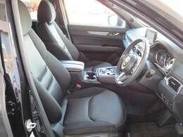 フロントシートは便利なパワーシート付きです☆さらに運転席はメモリー機能付きです☆