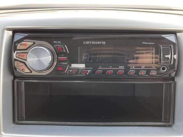 純正オーディオで車内の雰囲気が統一されています!