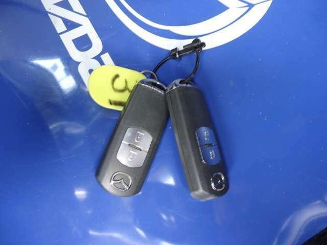 アドバンストキー☆ポケットにキーを入れたままでもエンジン始動、ドアの開閉可能!