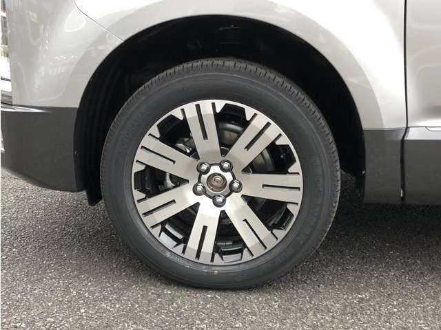 新車が対象のメーカー保証延長「つくつく保証」も対応可能です。ボディコーティングやボディ下面の防錆加工なども得意としております。追加でのご用命をお待ちしております!