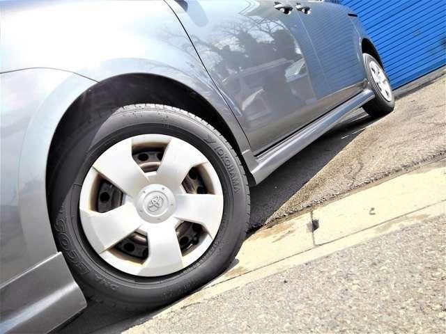 タイヤの溝もまだまだありますのでこのままお乗り頂けますよ♪