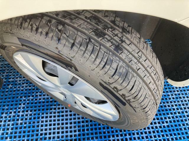 タイヤ溝はしっかりあるので、安心してお乗りいただけます。
