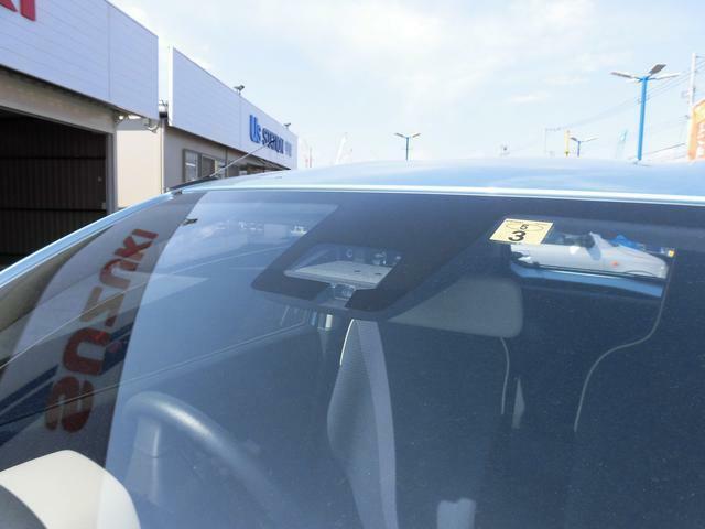 単眼カメラとレーザーレーダーを併用して前方の障害物等を認識する『デュアルセンサーブレーキサポート』を搭載!警報や衝突被害軽減ブレーキで衝突回避をサポートする先進の安全技術です!
