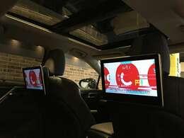 ◇リアエンターテイメント装着車!ラグジュアリーで快適なドライブを演出してくれます!