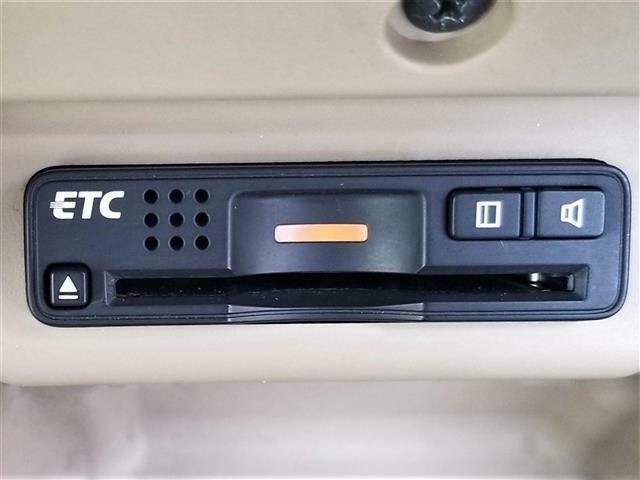 純正HDDナビ/ワンセグTV/バックカメラ/HIDヘッドライト/ウッド調パネルビルトインETC/スマートキー