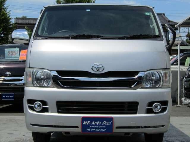 平成21年9月登録 / 型式CBF-TRH200V / 4ナンバー / 小型貨物車 / 車検付 / 2000cc / 5人乗 / AT車 /