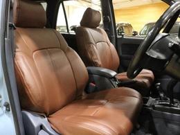運転席/助手席共に状態は良好です♪新品シートカバー装着☆