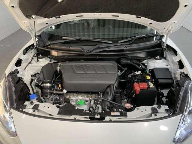 エンジンは1400ccのターボ付きです!きびきび走りますよ!