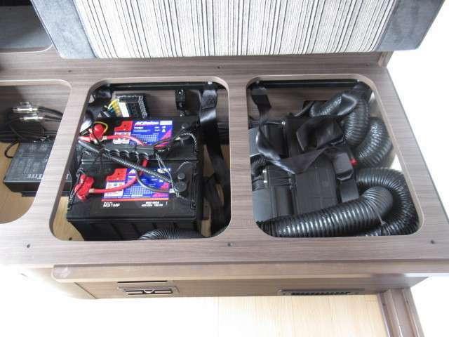 ツインサブバッテリー、走行充電、外部充電、外部電源装備しております!追加架装もお任せ下さい♪