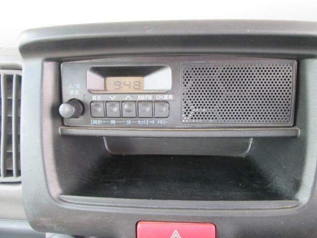 純正ラジオ装着車です