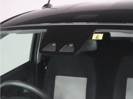 スマートアシストは道路状況、車両状態、天候状態およびドライバーの操作状況などによっては、作動しない場合があります。プリクラッシュセーフティシステムはあくまで運転補助機能です。