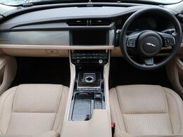 JAGUARの『XF』を認定中古車でご紹介!グレードはプレステージ!ガソリンモデルのプレミアムメタリックカラーの1台です!