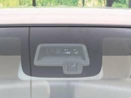 ☆セーフティサポート☆2つのセンサーで前方の歩行者や車を検知。衝突軽減ブレーキや誤発進抑制、車線逸脱警報、ハイビームアシストなどのサポートで万一の事故を予防するシステムです♪