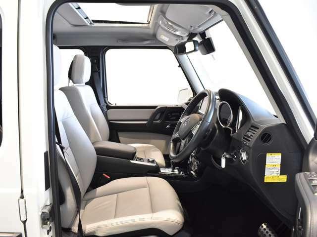 専用のコールセンターに経験豊かなオペレーターが、24時間365日待機。万一の車両トラブルなどが発生した場合、お電話一本で応急処置や車両のけん引、ドライバーや同乗者の方の移動手段手配などサポートいたします。