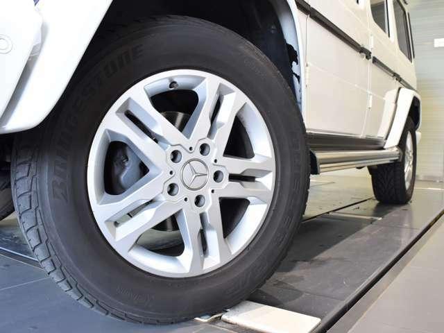 万一故障した場合も、ご購入後2年間もしくは1年間は、走行距離にかかわらず適用される保証をご用意。大きな安心をご提供いたします。