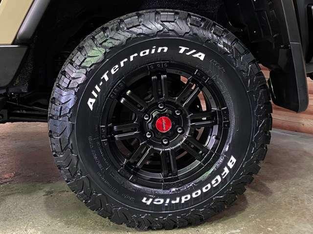 クロを基調とした新品の16インチアルミにBFグッドリッチA/Tタイヤをこちらも新品でインストールしました!!