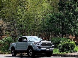 米国トヨタ タコマ ダブルキャブ TRDスポーツ 3.5 V6 4WD 6速MT新車並行1オーナーレザーナビサンルー