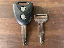 夜中に鍵穴を探さなくても大丈夫なキーレスキー!