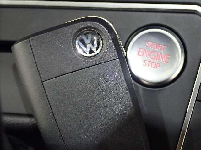 Start&Stopシステムがついているのでキーをバックから取り出す手間が省けスマートなエンジンスタートが可能です。
