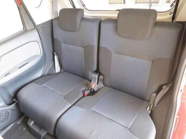 リヤシートもゆったりしています!乗降もしやすく、どれだけ乗っても疲れません!!