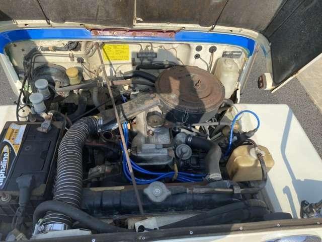 キャブレターは新品交換済みで調子良好。排ガス検査も楽勝合格でした。