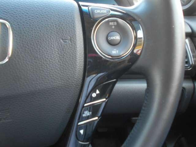 オートクルーズ搭載車両☆速度をセットしておけば自動でスピードを維持してくれる快適装備です。高速道路などで利用すれば疲労も少なく長距離のドライブも楽になりますネ♪