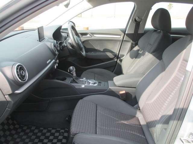 ディーラー車・4WD・ターボ・純正MMIナビ/CDフルセグTV(走行中OK)・純正ETC