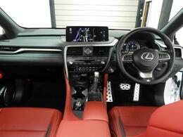 ・前後ドライブレコーダー   ・ETC2.0   ・レザーシート   ・パワーシート   ・シートヒーター   ・シートエアコン   ・シートメモリー   ・パワーバックドア