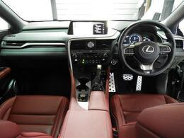 ・ETC2.0   ・赤レザーシート   ・パワーシート   ・シートヒーター   ・シートエアコン   ・シートヒーター   ・パワーバックドア