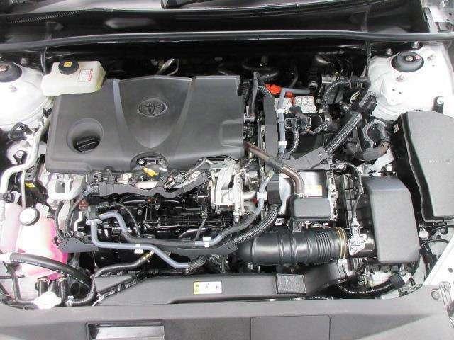 「電気モーター」+「ガソリンエンジン」のハイブリッド車ですが、特別なメンテナンスは必要ありません。