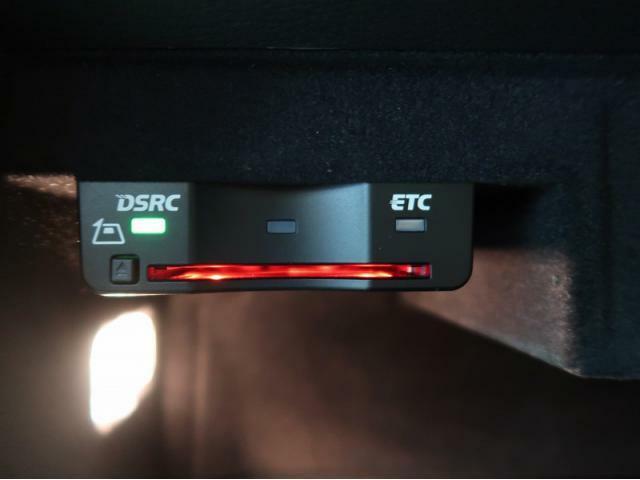 ビルトインETC車載器『料金所での時間短縮に役立つ装備!!』