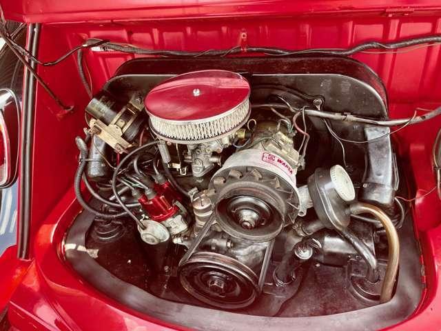 こちらの車はシングルキャブです。ワーゲンエンジンが分かる人でしたらご自身でのメンテナンスもしやすいかと思います。