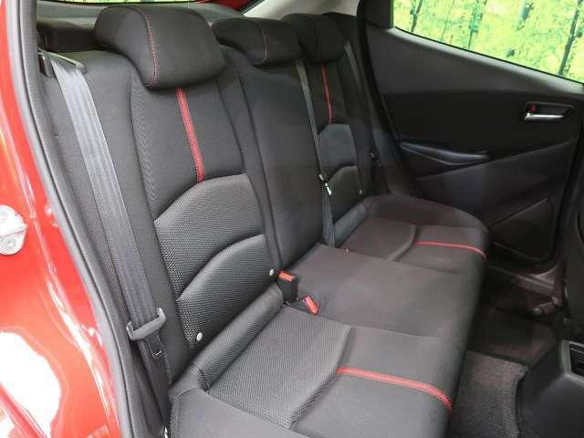 シートもキレイな状態ですのでご安心下さい♪車内の劣化を抑制できる【弾インテリアガード】の施工もオススメ!