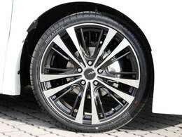 19インチの大口径アルミホイール&ローダウンサス☆バランスのとれた人気の新車プランです!