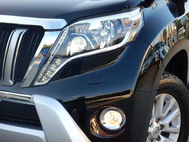 LEDライト☆夜でも視界の確保ができますので事故の危険も軽減できます!安心、安全、そして何より快適なドライブをサポートしてくれます♪
