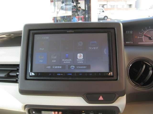 Bluetooth・音楽録音・DVD再生・USBケーブル・3年保証付新品ナビを装着済(^^)/もちろんリアカメラ付き!