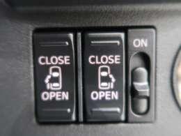 ●【両側電動スライドドア】ワンタッチで両側のスライドドアの開閉が可能です!!●
