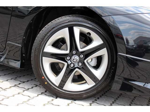 国産タイヤのツーリング専用17インチアルミホイールです。社外のインチアップホイールでパリッと仕上げてみませんか?ローダウンのご相談もお待ちしております。