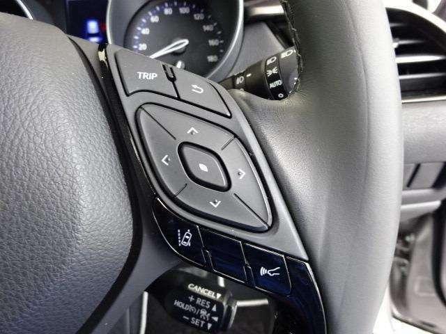 トヨタセーフティセンスPをはじめとする、先進の安全装備を搭載!※ドライバーの判断を補助し、事故被害の軽減を目的としていますので、装置を過信せず安全運転を心掛けましょう!