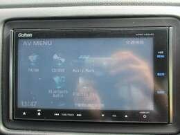 純正メモリーナビ(VXM-145VFi)です。DVD/CD再生のほかにもフルセグTV、ミュージックサーバー、Bluetooth連携機能も装備されとっても便利です!