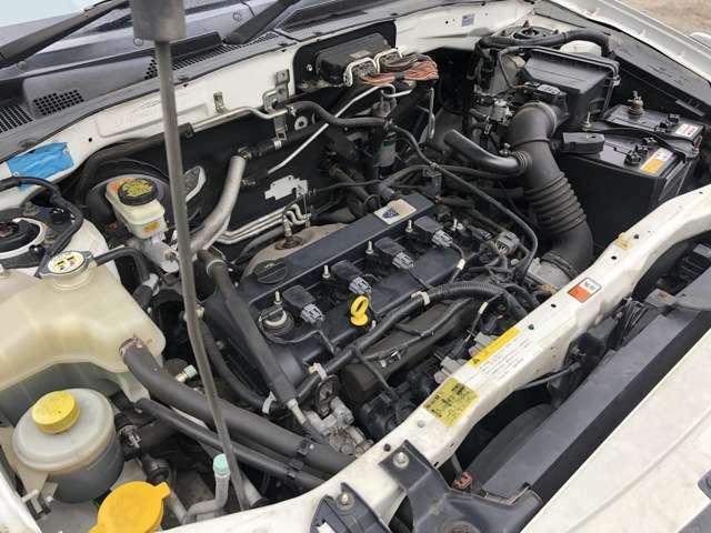 とても良好な状態のエンジンです♪走行時に異音やエンジン揺れなどもなく軽快な走行性となっています♪エンジンルームも艶がありとても綺麗な状態です♪入庫時に入念なロードテストをクリアしております♪