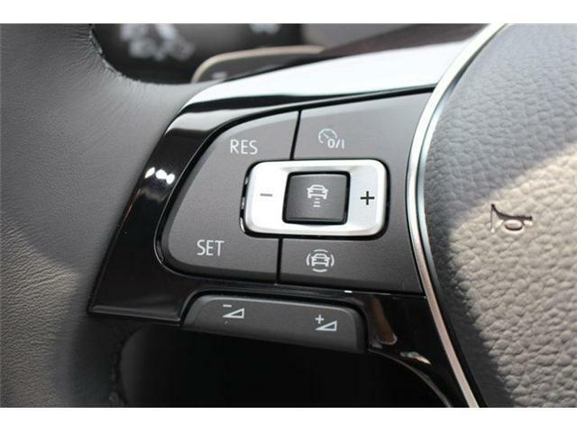 アダプティブクルーズコントロール(安全な車間距離をキープ)、レーンキープアシスト(車線逸脱の検知)、渋滞時追従支援システム搭載。