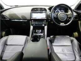 安心の認定中古車2年保証付きです。純正カーナビゲーション、360°モニター、デジタルテレビ、シートメモリー、シートヒーター