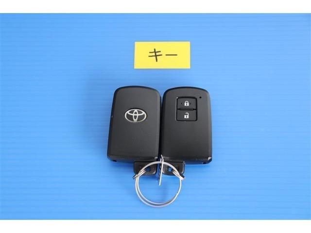 便利なスマートキーでエンジン始動・鍵の解錠・施錠もスムーズに出来ます☆