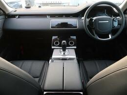 LAND ROVERのSUV『RENGE ROVER EVOQUE』を認定中古車でご紹介!実走行16kmも現行ディーゼルモデル!TouchProDuoにフル液晶メーターとクリアサイトルームミラー搭載!