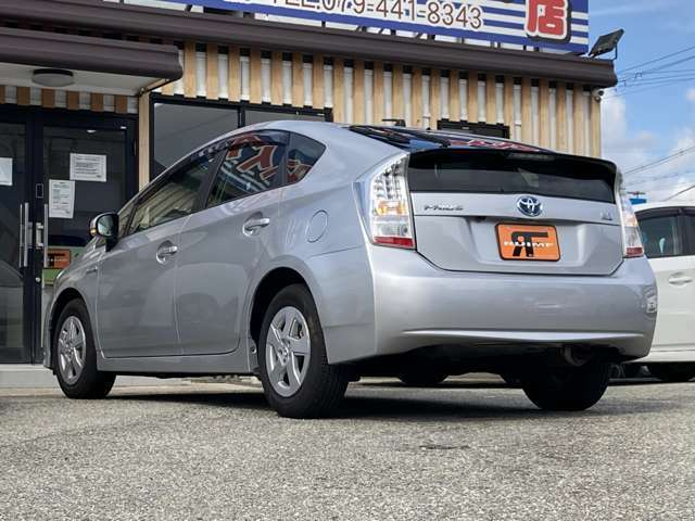最大3年間の保証をご用意させて頂いております。なんと新車保証と変わらないぐらいの保証内容となっております!