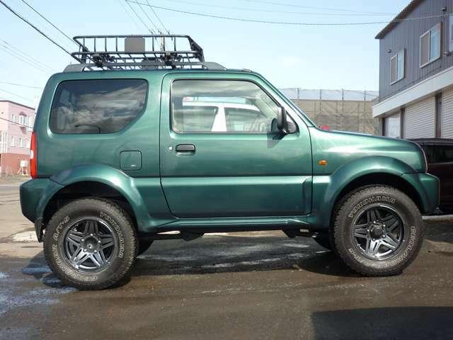 ボディカラーは人気のグリーンです! 本州車輌で下回りも良好です!!