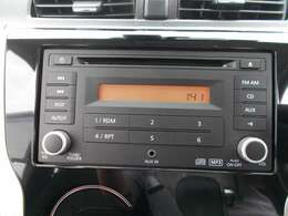 純正オーディオ付です。CD&AM/FMラジオが聴けます♪