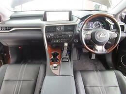 3列シート・7人乗り・4WD・本革シート・パノラミックモニター・プリクラッシュS・全車速レーダーC・LKA・BSM・HUD・シートエアコン・電動ハッチバック・Cセンサー・Sヒーター・Aハイビーム